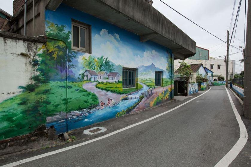 坑口彩繪村範圍於誠聖宮附近家戶、工廠圍牆.jpg
